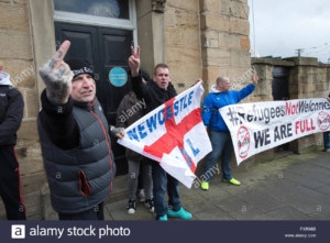 right-wing-fascists-english-defence-league-demonstrate-outside-the-FXR98B
